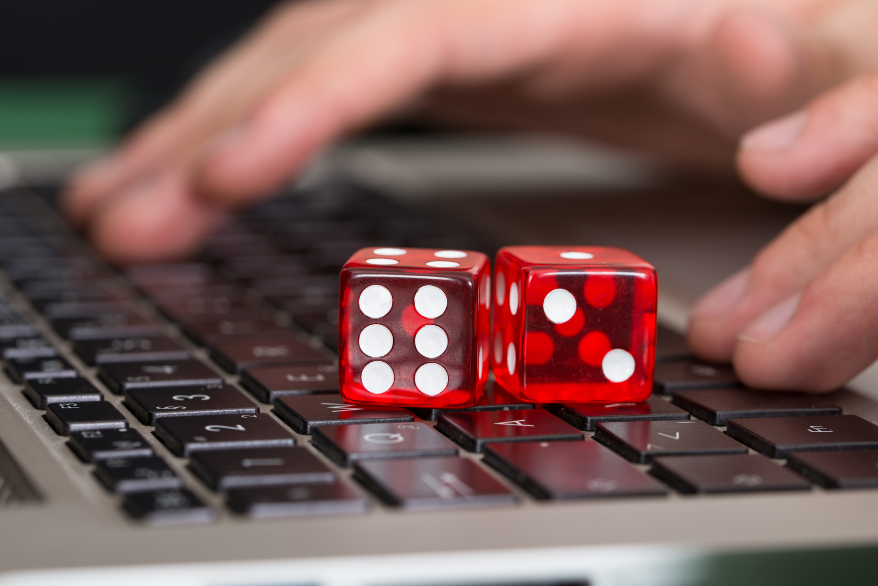 DITCH OFFLINE CASINOS; ONLINE CASINOS ARE THE WAY TO GO