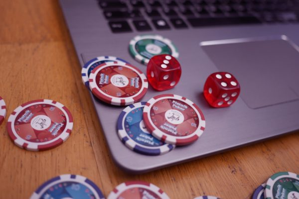 Situs Judi online- play casino poker by following legal rules