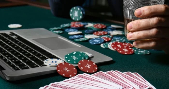 Things to remember before opting for online poker