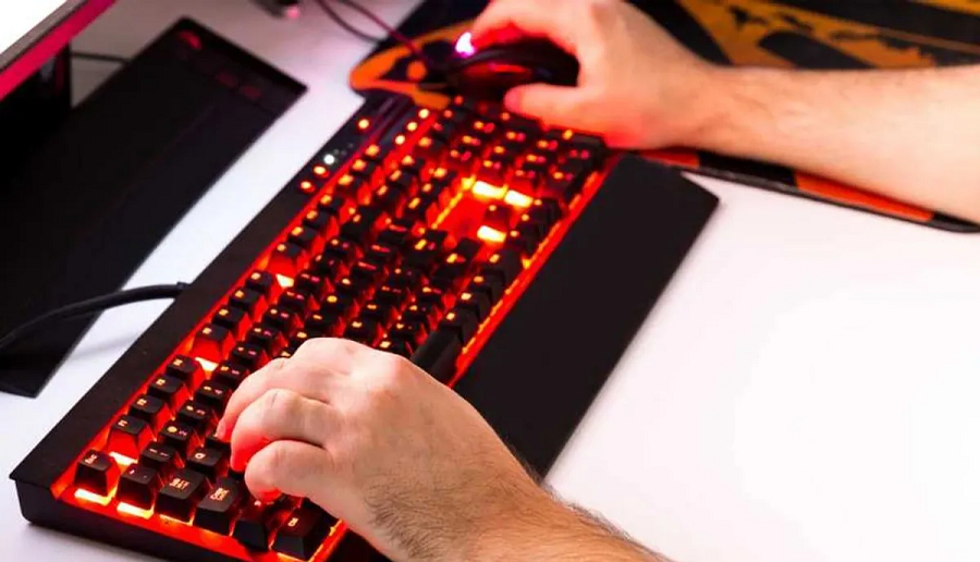 Top 4 gaming keyboards that can be used to enhance your skills!